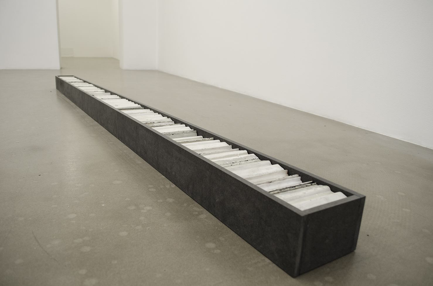 Length 2,5 meter - parts of radiator; iron, valchromat